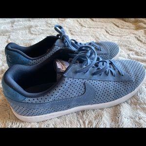 Men's blue suede Nike